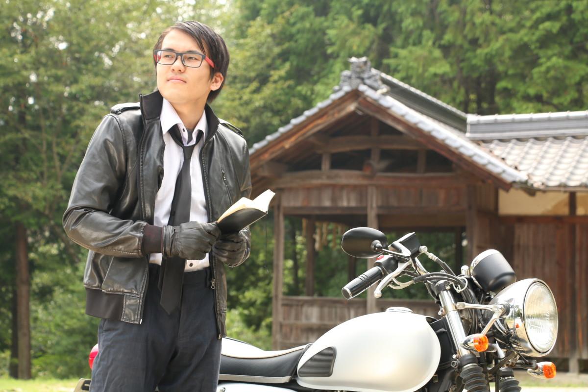 探偵ヤマモト登場
