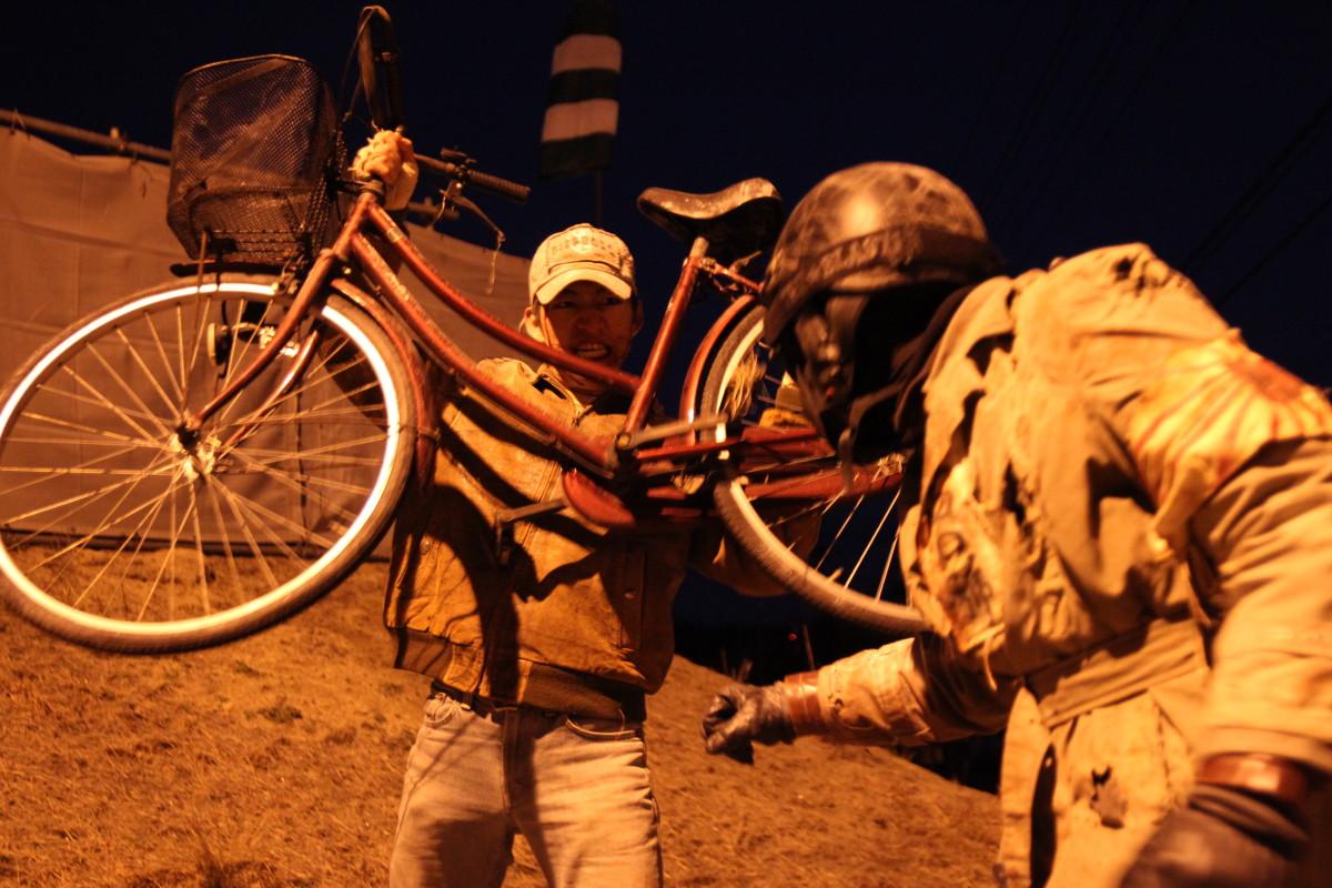 自転車アタック