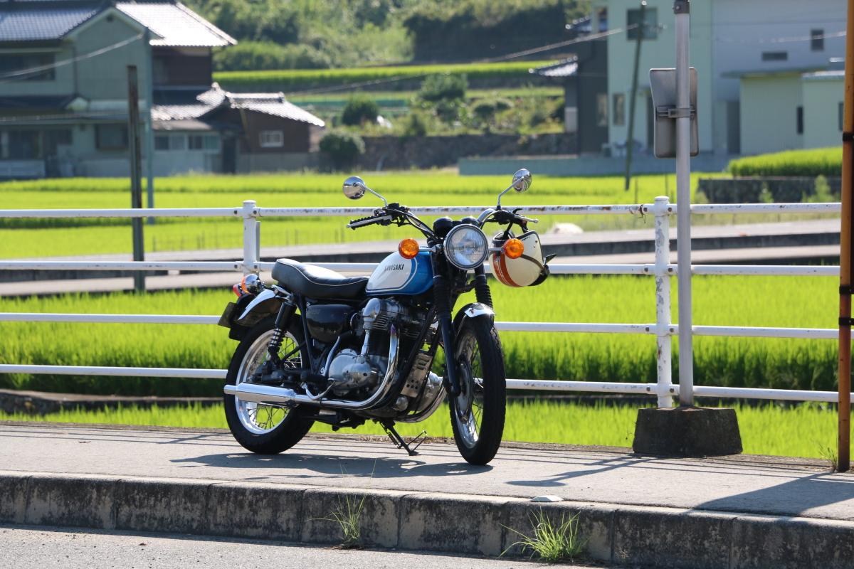カワサキ W650 タンク交換 カスタム
