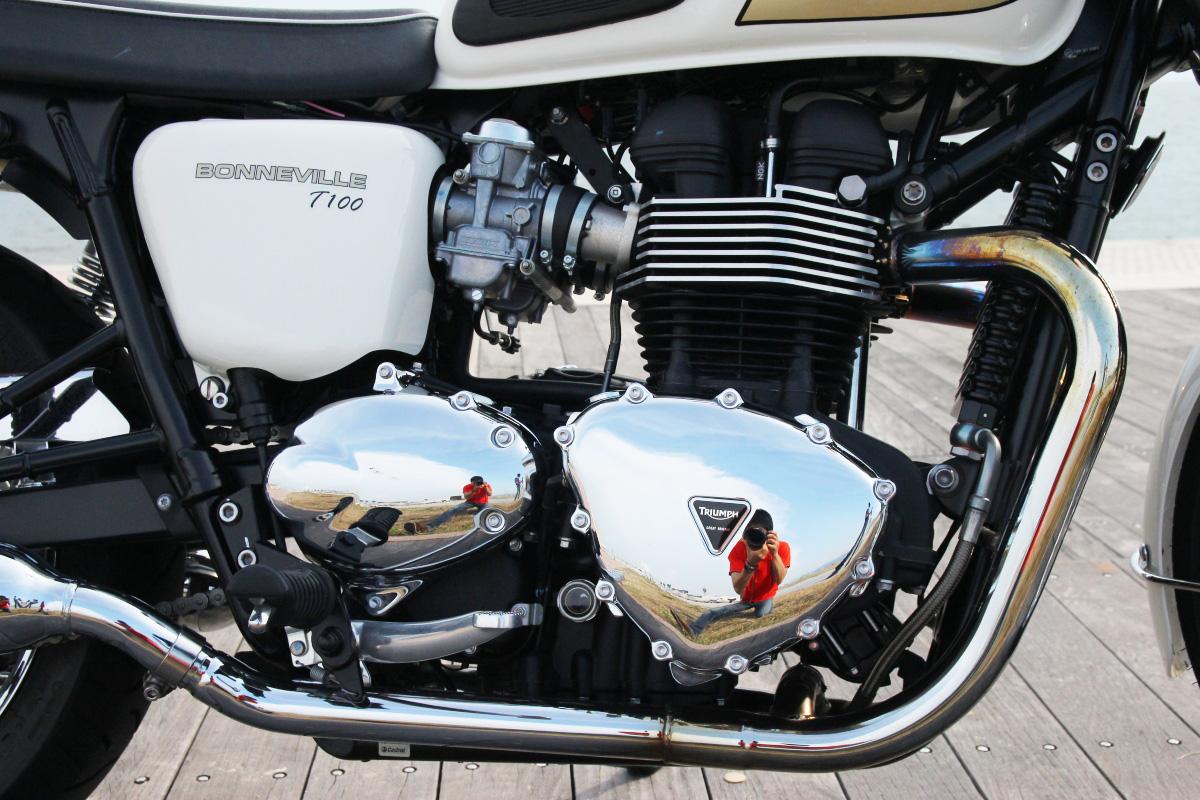 ボンネビルT100 空冷エンジン