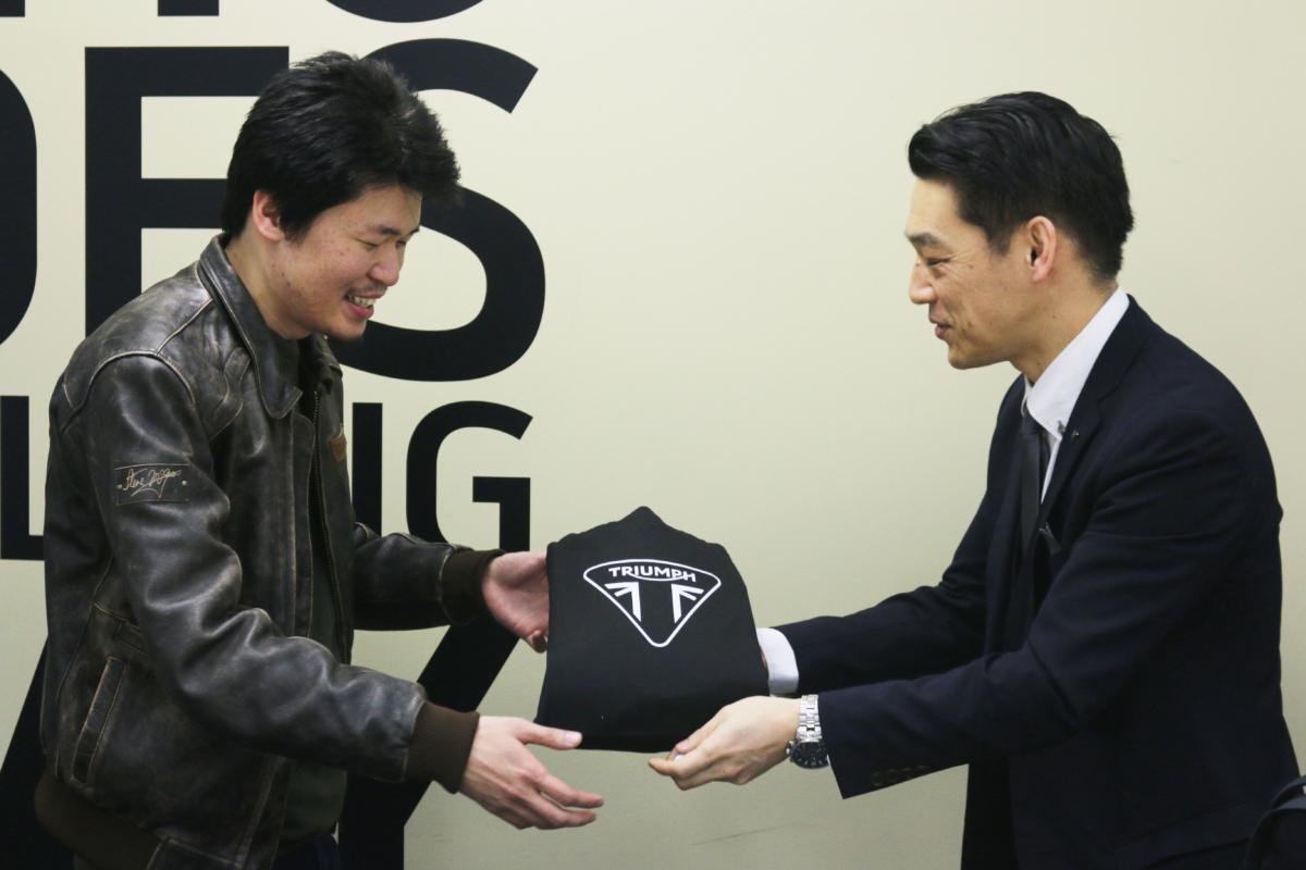 トライアンフジャパンからのプレゼント!